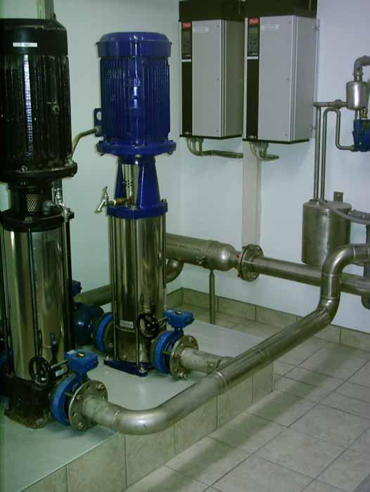 Anlagenbau: Pumpenstation zur Wasserversorgung